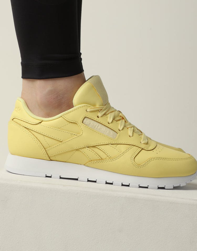 5e39caad75e Reebok Women s Classic Leather Yellow White – Culture Kings