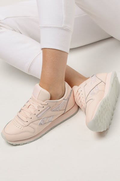 d659e375fe7d Reebok Women s Classic Leather Light Pink White + Quick View