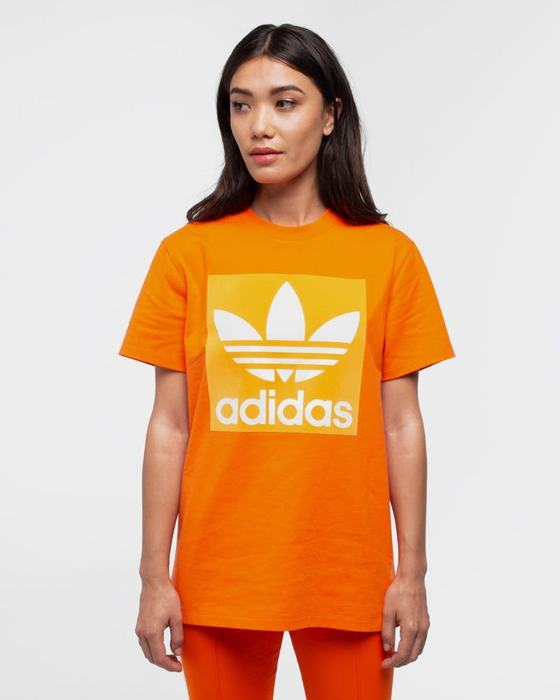 ADIDAS WOMEN'S OVERSIZED BOYFRIEND TEE ORANGE