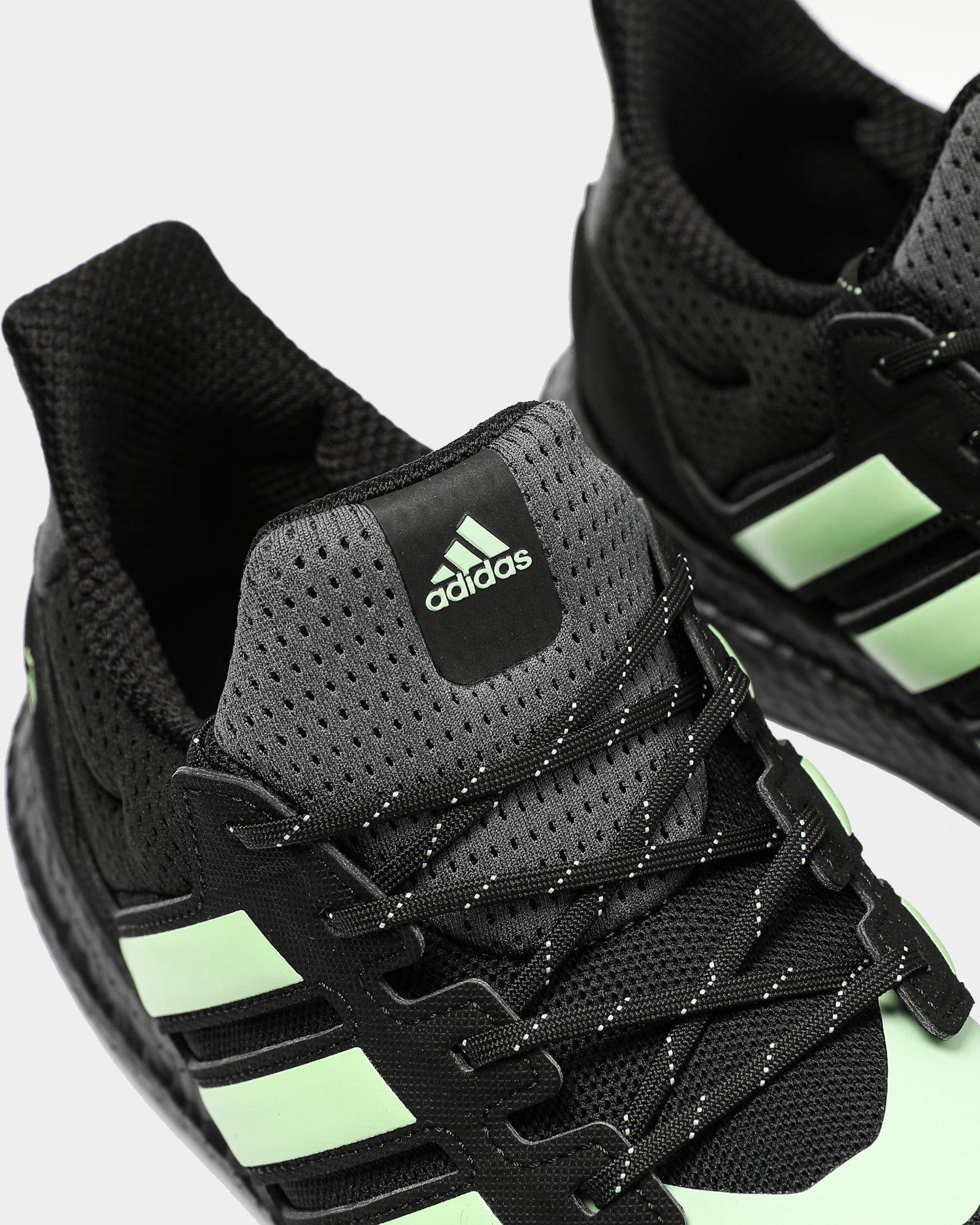 Adidas Ultraboost S&L Ghoul BlackGreenGrey