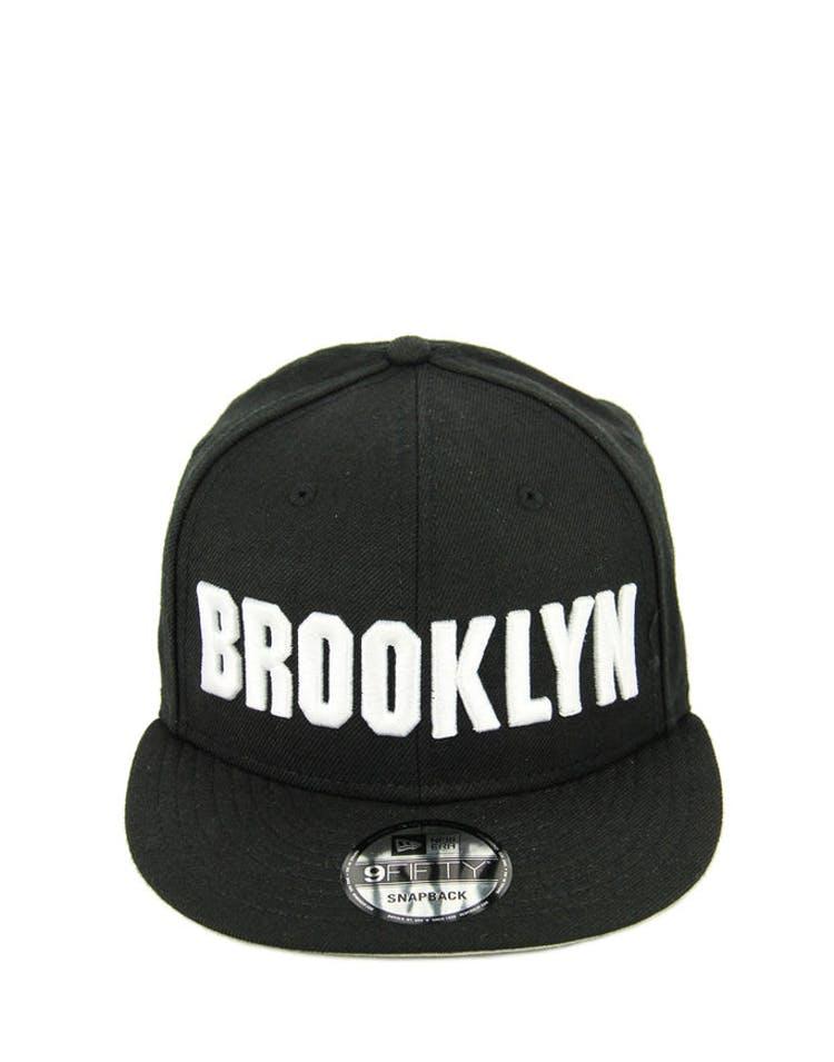 02e377538769b New Era Brooklyn Script Snapback Black white – Culture Kings