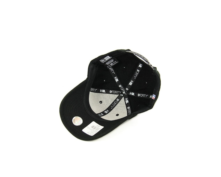 New Era Knicks 940 Logo Snapback Black