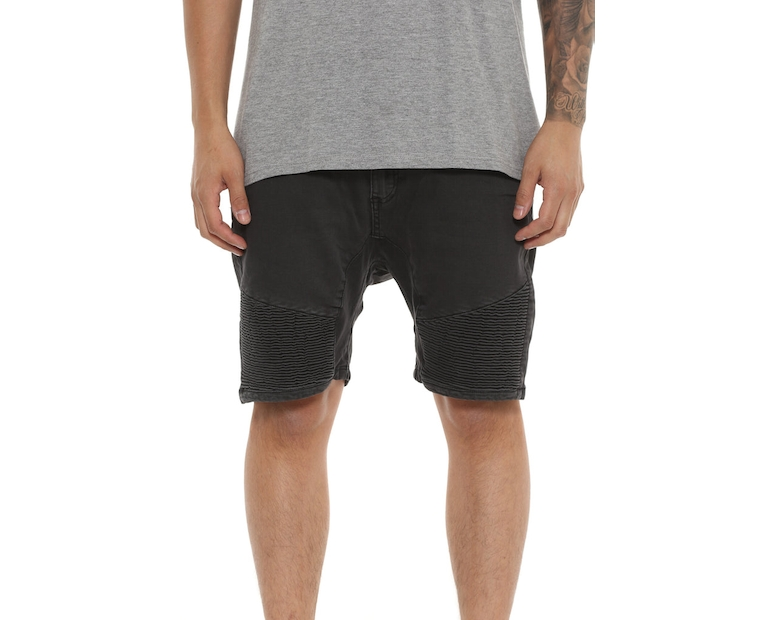 Nena and Pasadena Scope Short Washed Black