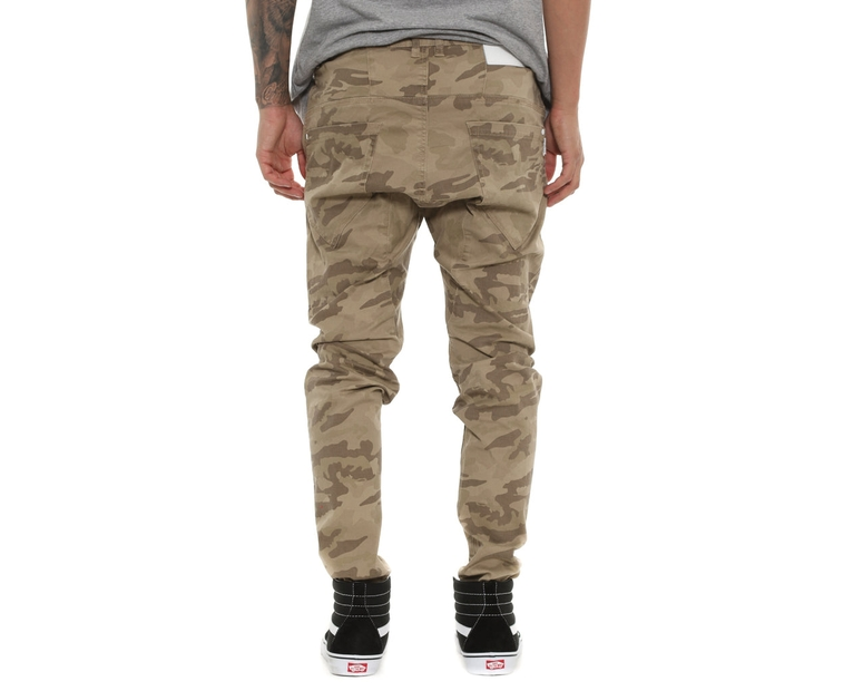 Nena and Pasadena Avalanche Chino Camo