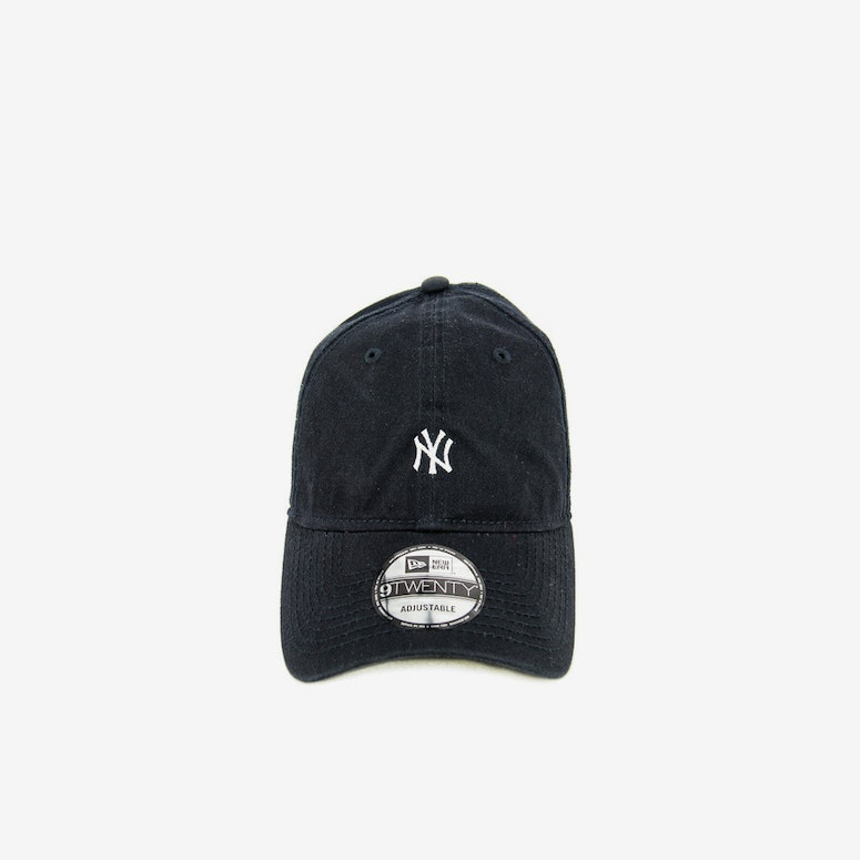New Era Yankees 920 Mini Leather ST Navy white – Culture Kings 9a5d3ee2d0cd