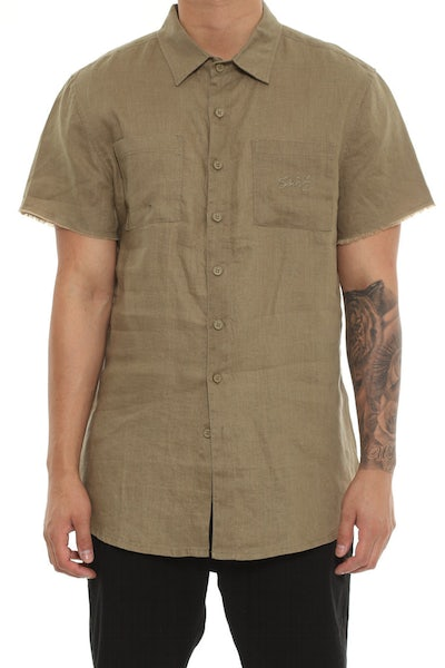 Saint Morta Martyr Linen Short Sleeve Button Up Pale Green