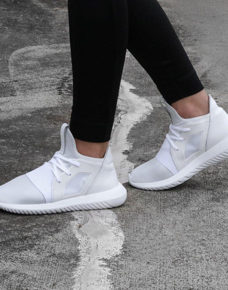 buy online 835bc 4fdab Adidas Originals Womens Tubular Defiant White White – Culture Kings