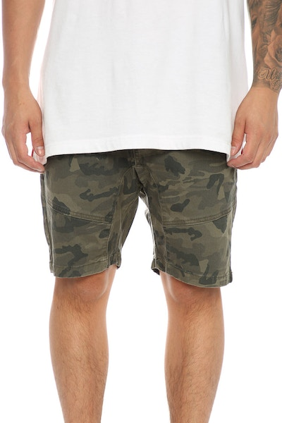 Nena And Pasadena Commander Short Camo