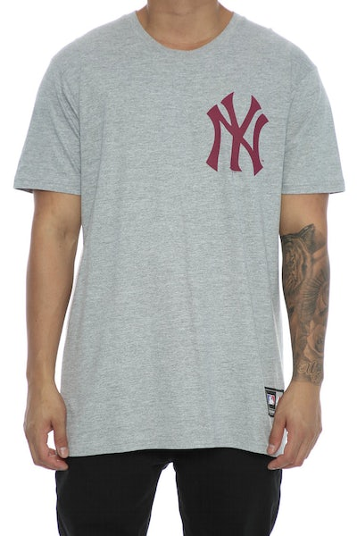 Majestic Athletic Yankees Remic Tee Grey/Maroon