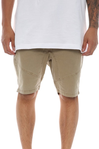 Silent Theory Lancer Short Beige
