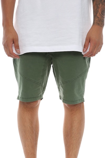 Silent Theory Lancer Short Green