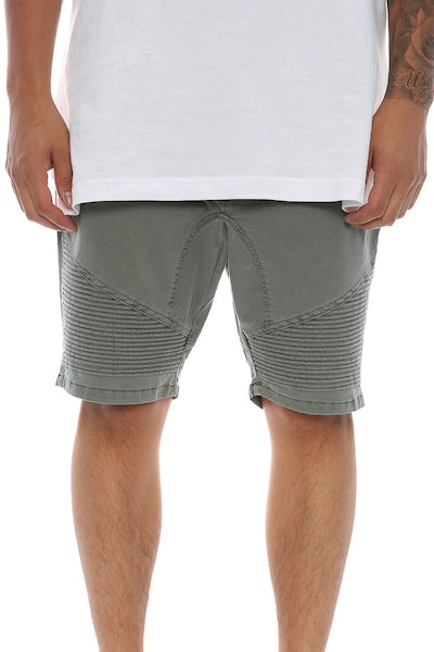 Silent Theory Outlaw Short Green
