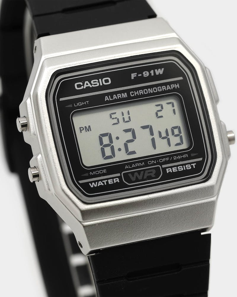 Casio F91WM STANDARD DIGITAL Silver/Black