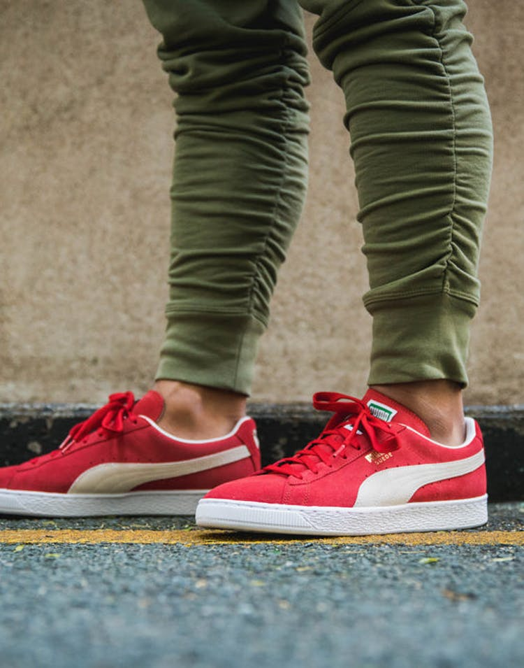 newest f3674 84ee5 Puma Suede Classic + Red/White