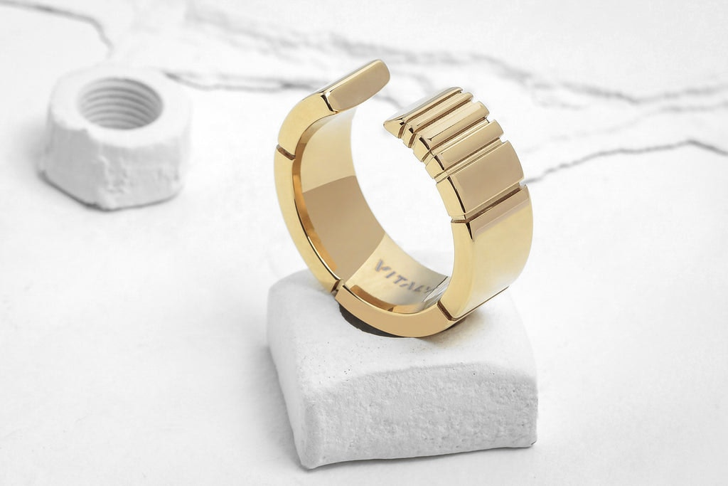 vitaly sector ring gold culture