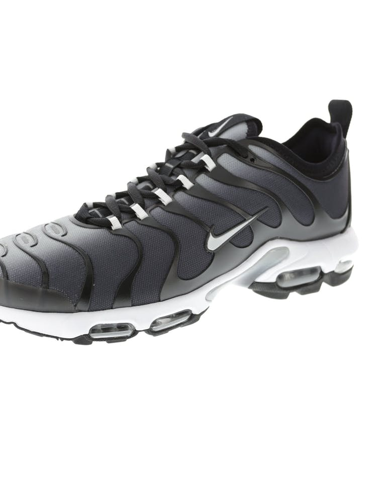 85778ed3d30 Nike Air Max Plus TN Ultra Black White
