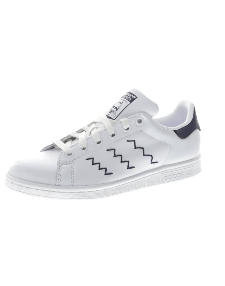 the best attitude 3d0a7 0ed5d Adidas Originals Women's Stan Smith White/Navy