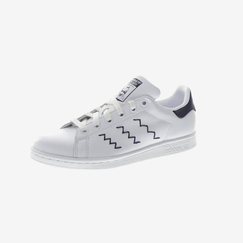 17995db2eb61bf Adidas Originals Women s Stan Smith White Navy