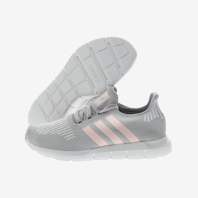 online retailer 5baf3 4ed47 Adidas Originals Womens Swift Run GreyPinkWhite