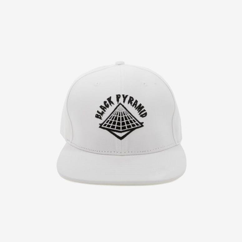 Black Pyramid Snapback White – Culture Kings 6dcbedd41bb