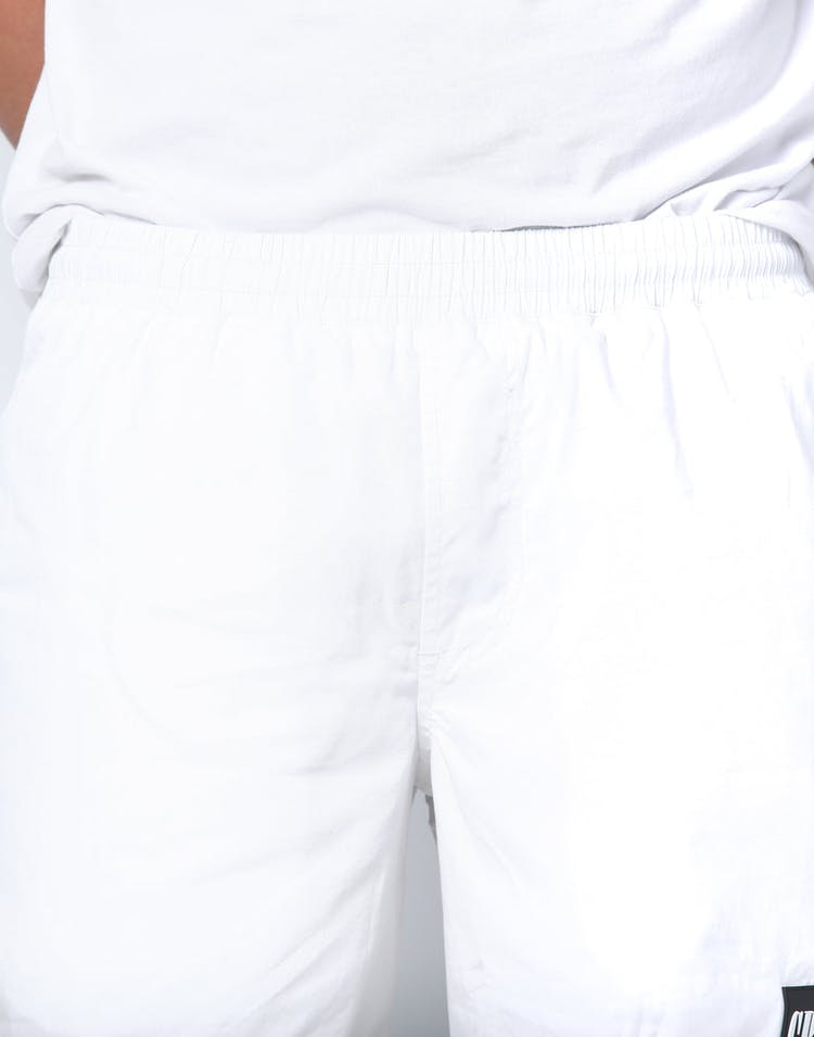 Carré DR C.R.É Shorts White