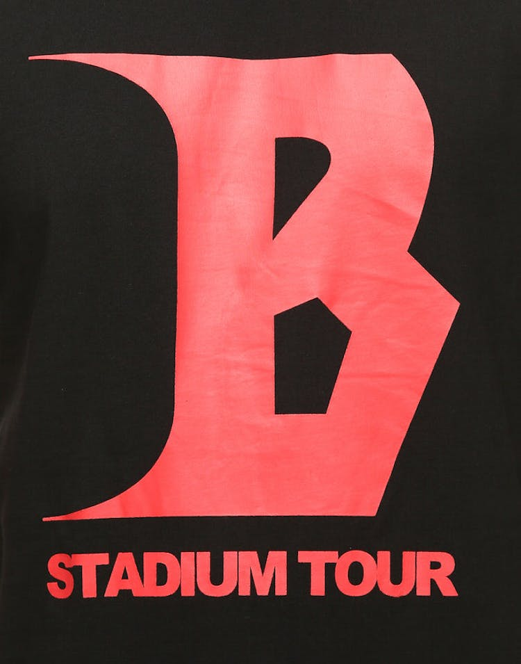 sports shoes e4815 5c56d Justin Bieber Stadium Tour SS Tee Black Red