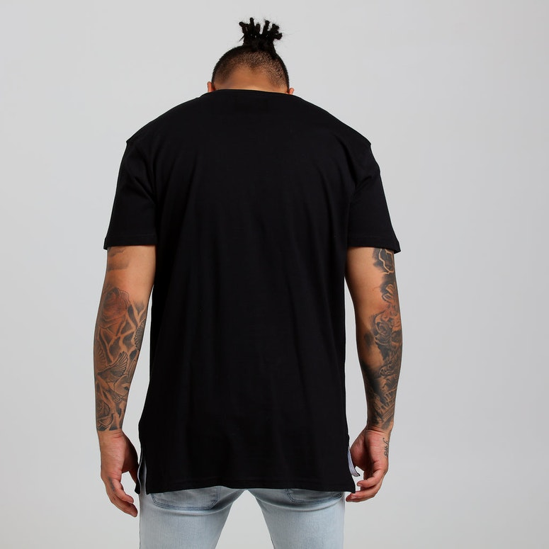 Carré Masked Up Divise SS Tee Black