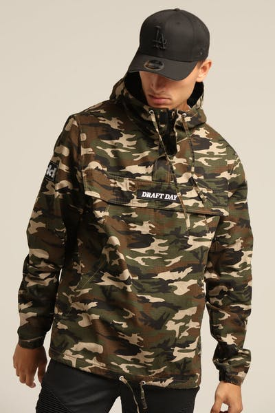 Draft Day Topper Top Anorak Camo