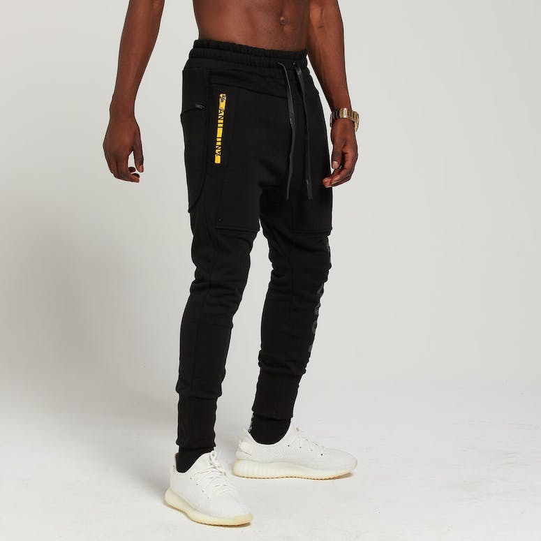 THE ANTI ORDER NON-VOLTAGE JOGGER BLACK