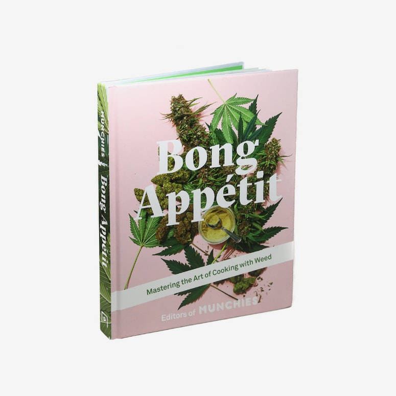 Bong Appétit: Mastering the Art of Cooking with Weed (Hardcover)