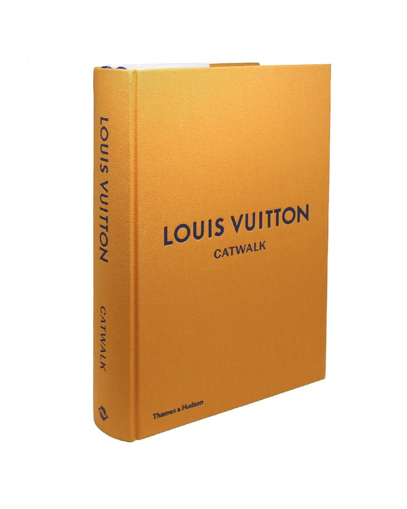 Louis Vuitton Cat Walk: The Complete Fashion Collection (Hardcover)