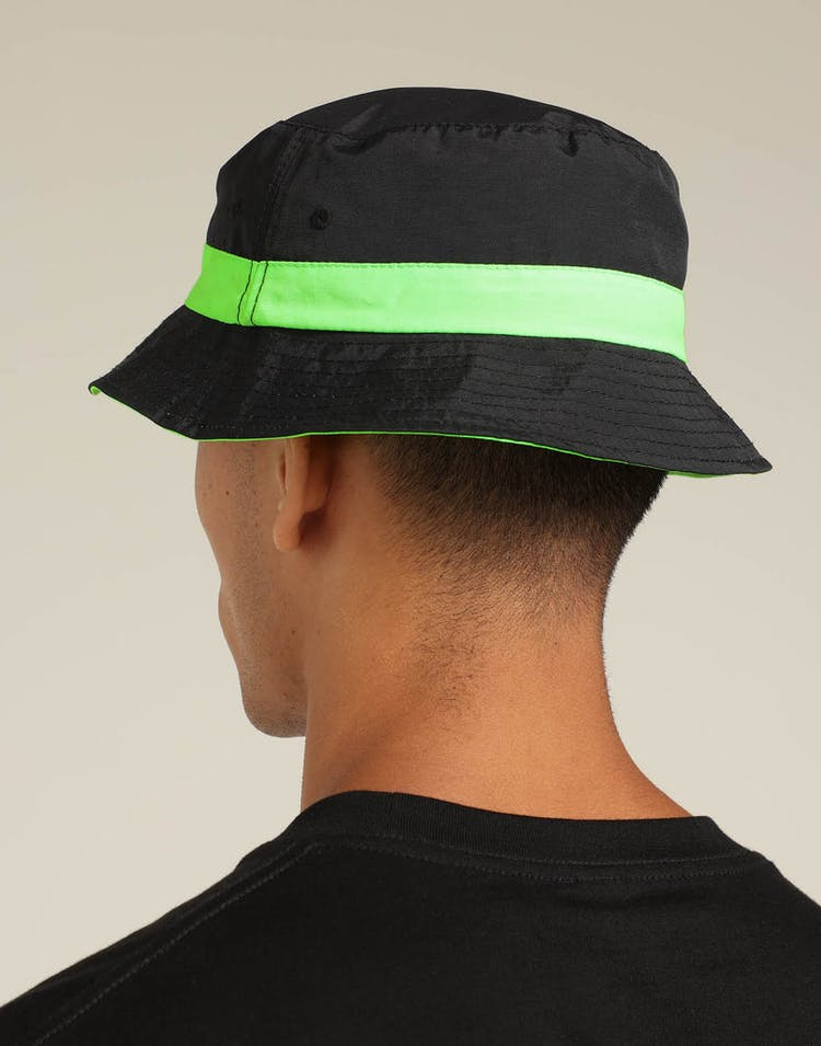 26adc1b376fd8 Carré Neon Reversible Bucket Hat Black Neon – Culture Kings
