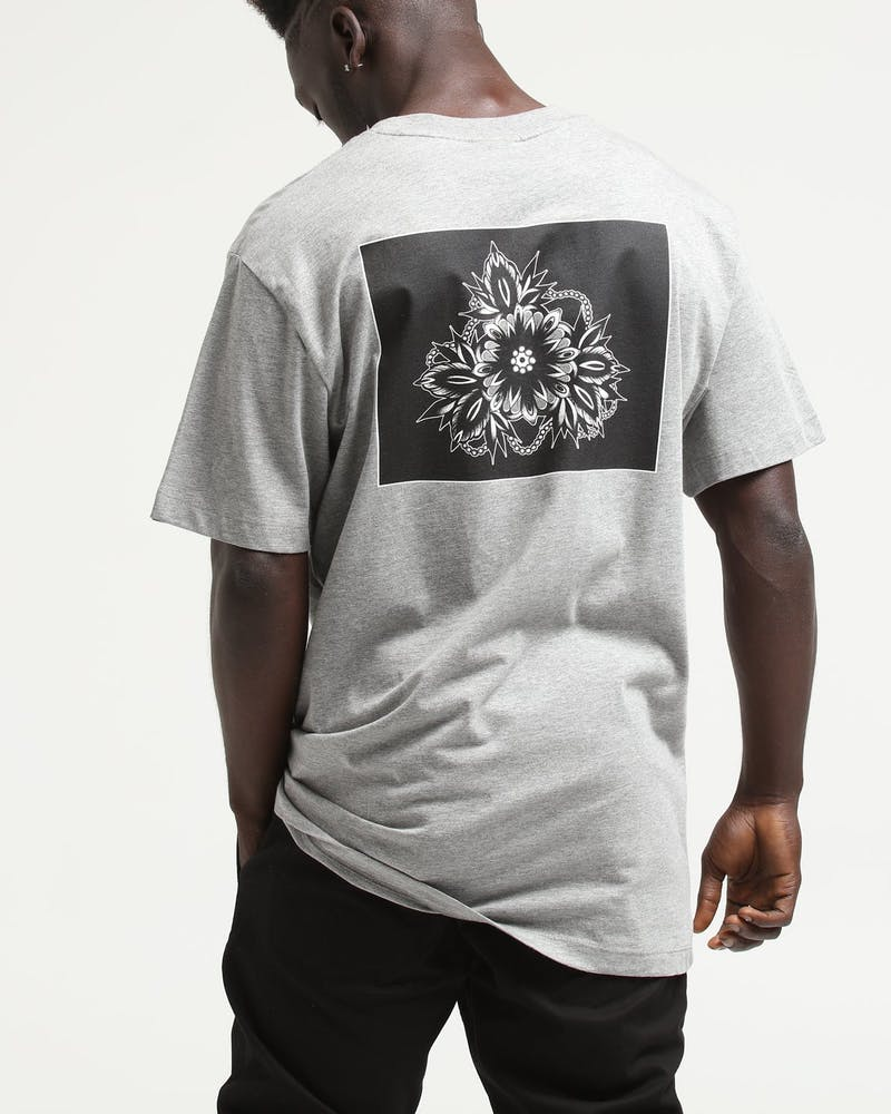 Rats Get Fat X Kirk Jones Flower Beads Tee Grey