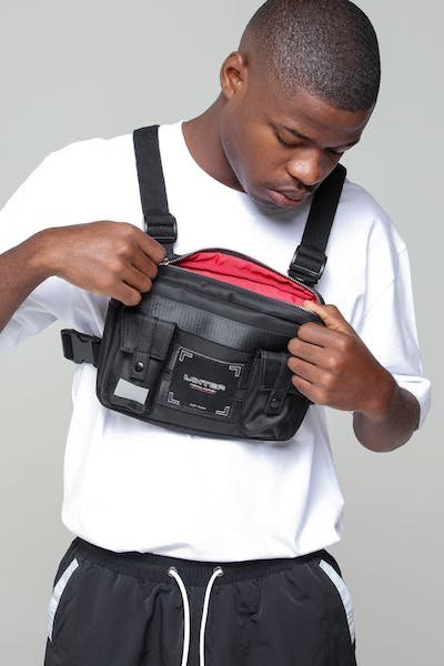Loiter NYC Star Walk Chest Rig Black