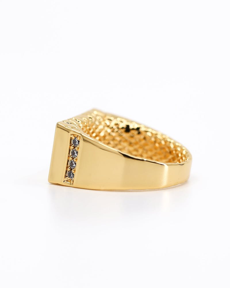 SAINT MORTA WORLD RING GOLD