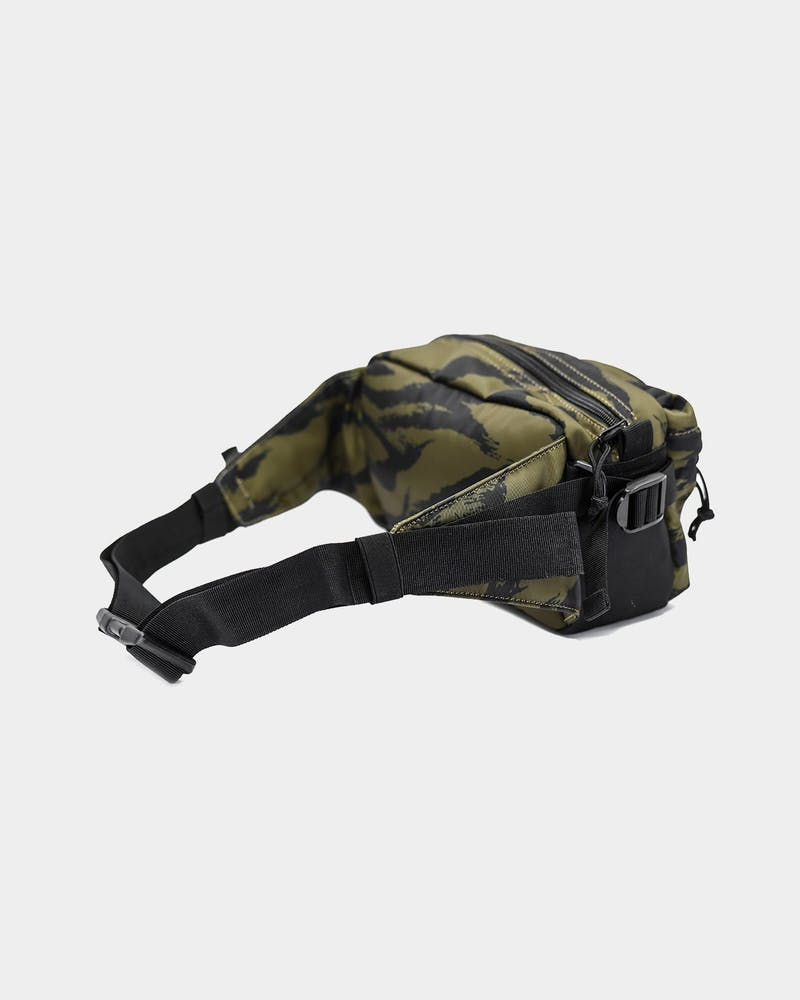 Carré Sentry Sling Bag Tiger Camo
