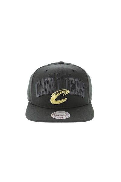 Mitchell & Ness Cleveland Cavaliers Lux Arch Snapback Black/Gold