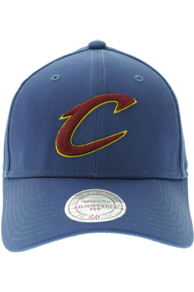 Mitchell & Ness Cleveland Cavaliers Low Pro Strapback Blue