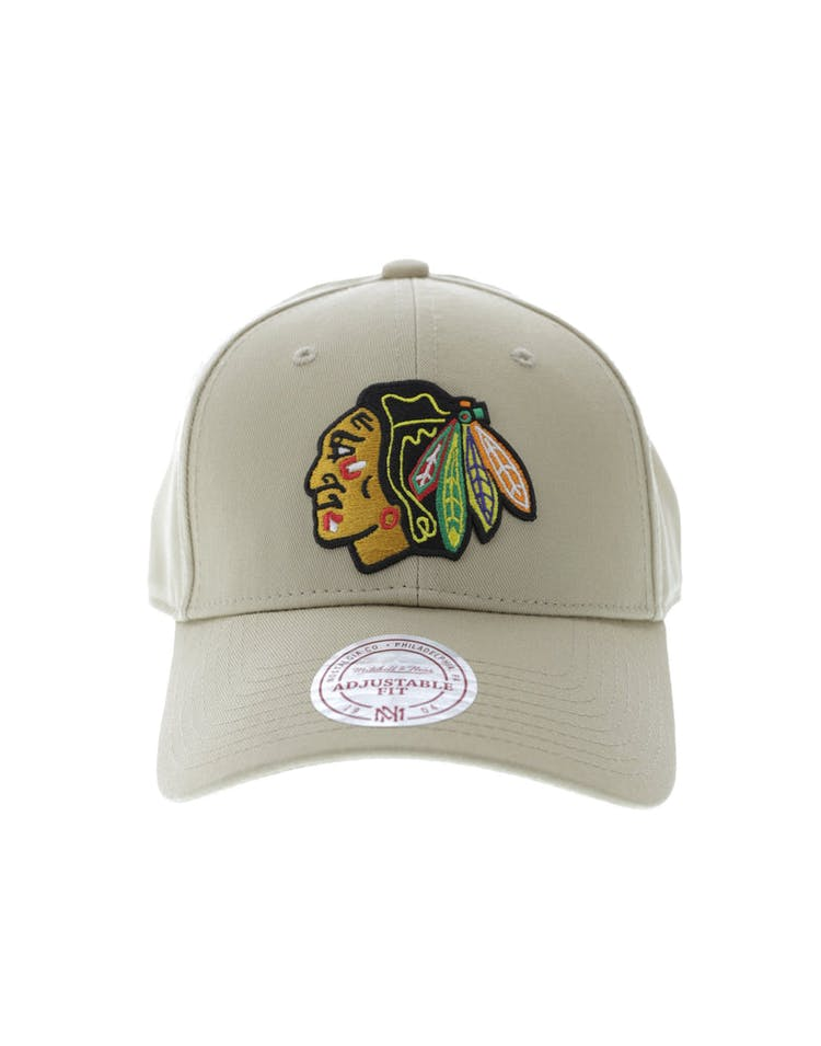 32253a2e889 Mitchell   Ness Chicago Blackhawks Core Low Pro Snapback Khaki – Culture  Kings