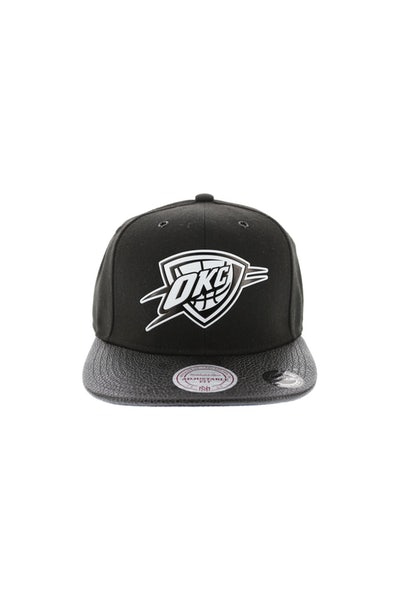 Mitchell & Ness Thunder Ultimate Snapback Black