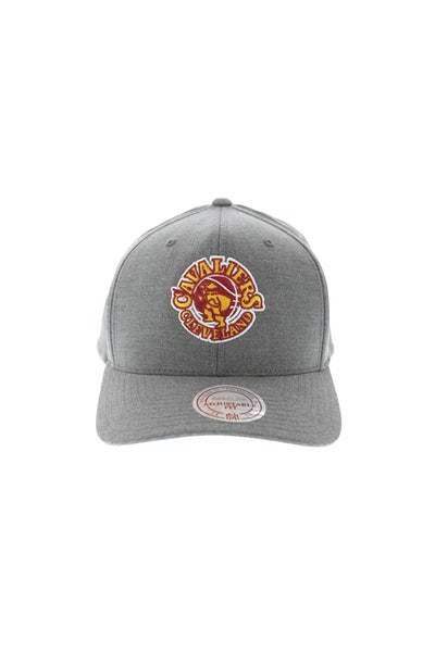 Mitchell & Ness Cavaliers Washed 110 Snapback Charcoal