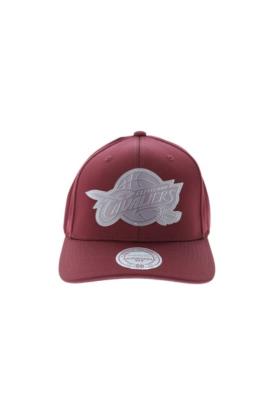 Mitchell & Ness Cavaliers Rubber 110 Snapback Maroon