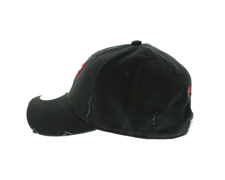 Mitchell & Ness Bulls Distressed Low Pro Strapback Black