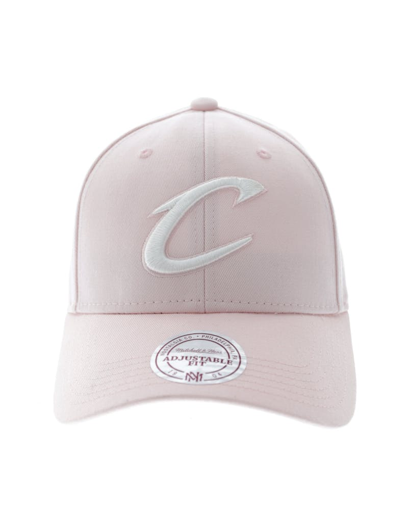 Mitchell & Ness Cleveland Cavaliers Women's Low Pro Strapback Pink/White