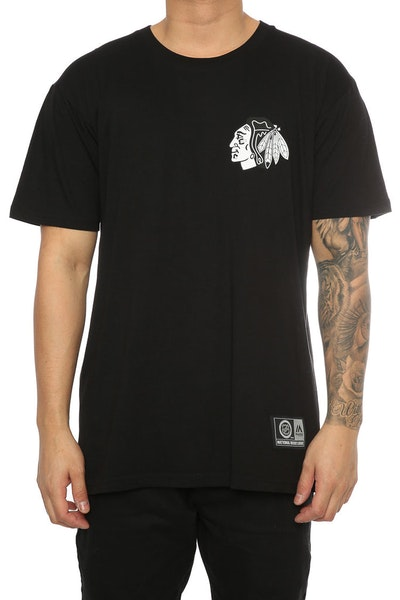 Majestic Athletic Blackhawks Jeaner Tee Black