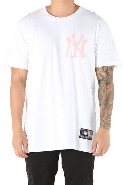 Majestic Athletic Yankees Jeaner Tee White/Pink