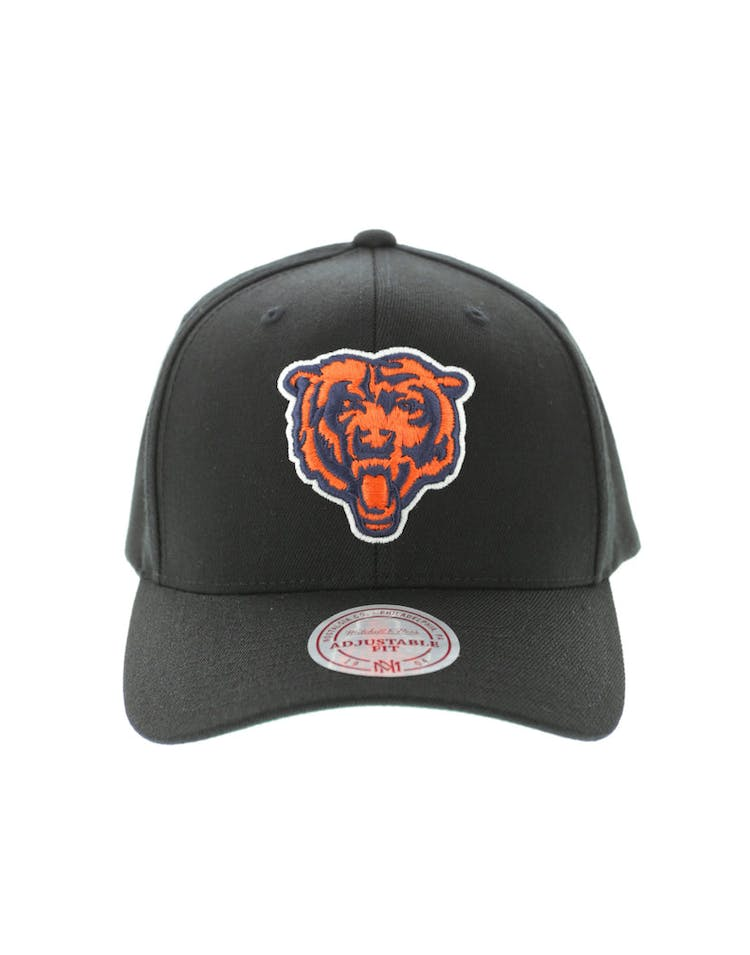 6e6a556d9a87a Mitchell   Ness Chicago Bears Flex 110 Embroidered Logo Snapback Black –  Culture Kings