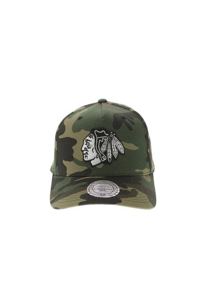 Mitchell & Ness Chicago Blackhawks 110 Pinch Snapback Camo
