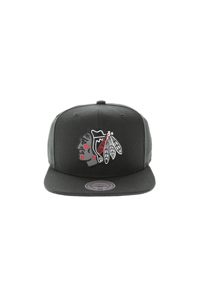 Mitchell & Ness Chicago Blackhawks Reflect Logo Snapback Black
