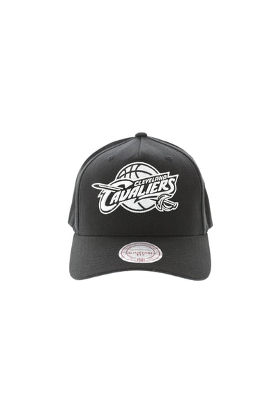 Mitchell & Ness Cleveland Cavaliers Pinch 110 Snapback Black/White
